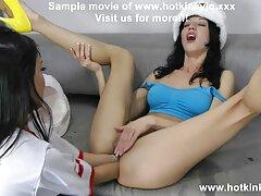 دختران برای جمع آوری دو پسر خروس می دانلود فیلم سینمایی شهوانی مکند