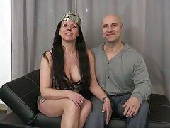 Devoulka در هنگام استمنا دانلود فیلمهای سکسی سینمایی پرشور دیلدو ناله می کند