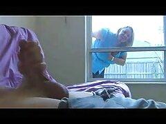 آنی بوته موی خود را نوازش دانلود فیلم سینمایی سکسی داستانی می کند