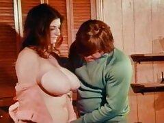 Proshmond با دوشش های آویز به طور فعال با دسته های عضو کار می کند دانلود فیلم سینمایی سکسی با زیرنویس