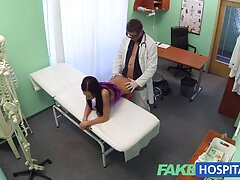 مردی که در باندانا است ، زن ورزشکار سکسی را دانلود فیلم سینمایی porn سرخ می کند